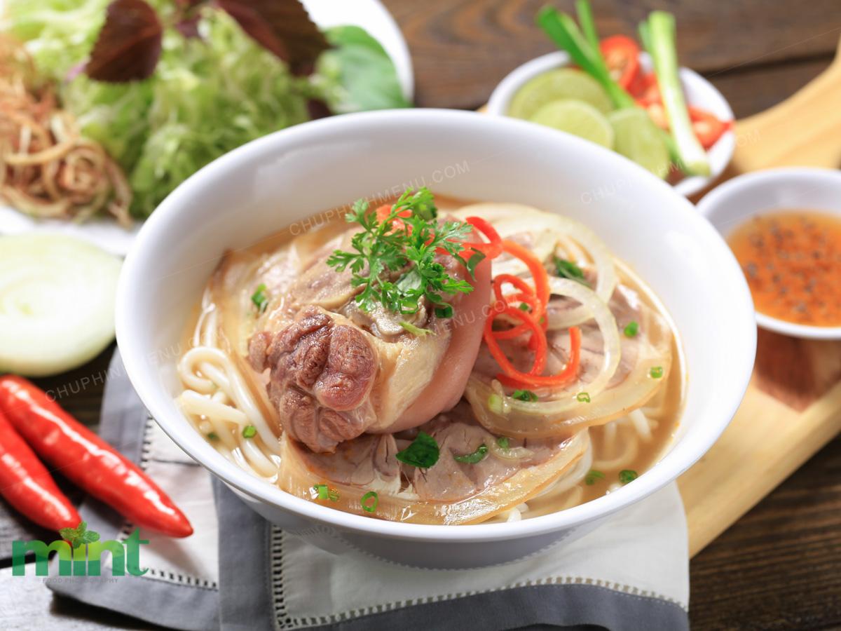 Chụp hình món ăn đặc sản Hoàng Ty